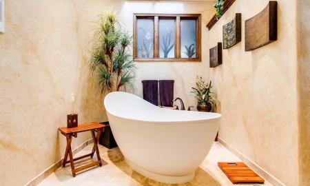 How to Shop for a Freestanding Bathtub